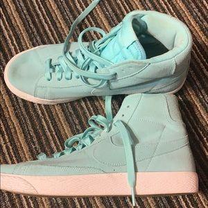 Nike Shoes - Nike Blazer Mid Boys Grade School 7y